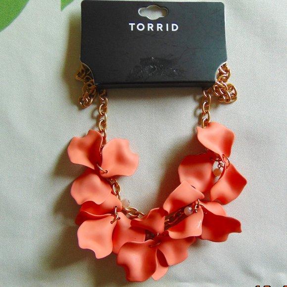 Torrid Peach Petal Necklace